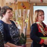 Sveikina Mažeikių rajono savivaldybės viešosios bibliotekos direktorė Alina Bernotienė su kolegėmis Sonata ir Genovaite
