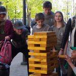 Visus viliojo medinė dėlionė-bokštas