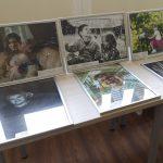Nuotraukos eksponuojamos visose bibliotekos erdvėse