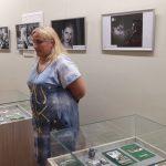 E. Navickienė, pristatydama parodą, pasakojo apie nuotraukose įamžintų žmonių emocijas
