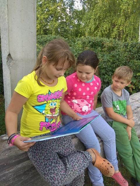 """Vaikai skaito ištraukas iš knygos """"Peliūnės vasara"""""""