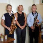 Židikų muzikos mokyklos vedėja E. Jedinkienė sako sveikinimo žodį