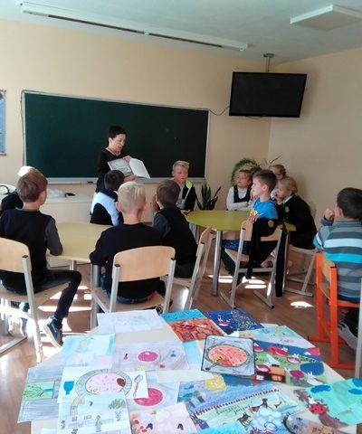 """Rašytoja I. Ežerinytė pristato knygą """"Šunojaus diena"""""""
