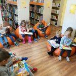 Vaikų literatūros skyriuje daug įdomių knygučių