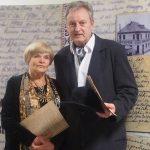 Aktoriai Olita Dautartaitė ir Petras Venslovas Mažeikių viešojoje bibliotekoje