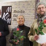 D. Jankauskaitė, K. Mikiška ir A. Kulikauskas Mažeikių viešojoje bibliotekoje