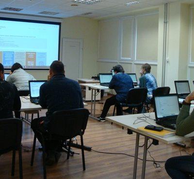 Mažeikių viešojoje bibliotekoje vyksta gyventojų skaitmeninio raštingumo mokymai