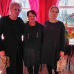 Bibliotekininkė B. Vaizgėlienė padėkojo mokytojoms V. Jonauskienei ir S. Kazlauskienei už nuoširdų bendradarbiavimą
