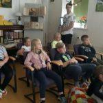 E. skautas Irmantas pakvietė vaikus žiūrėti filmuką