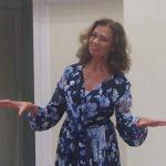 Aktorė Virginija Kochanskytė paskaitė ir keletą poetės Liūnės Sutemos eilėraščių