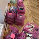 Paruošti knygų krepšeliai laukia ateinančių skaitytojų
