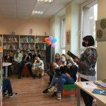 """Bibliotekininkė Ingrida Jonušienė pasakoja apie Ignės Zarambaitės knygą """"Juodavandeniai"""""""