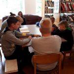 Popietės dalyviai Leckavos bibliotekoje