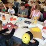 Vaikai gamina saulės gaudykles
