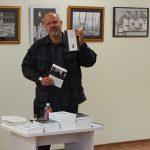 """D. Milašauskas kalbėjo ir apie D. Sobeckio sudarytą L. Andriekaus poezijos rinktinę """"100 eilėraščių"""""""