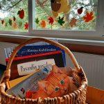 Rudeninis knygų krepšelis